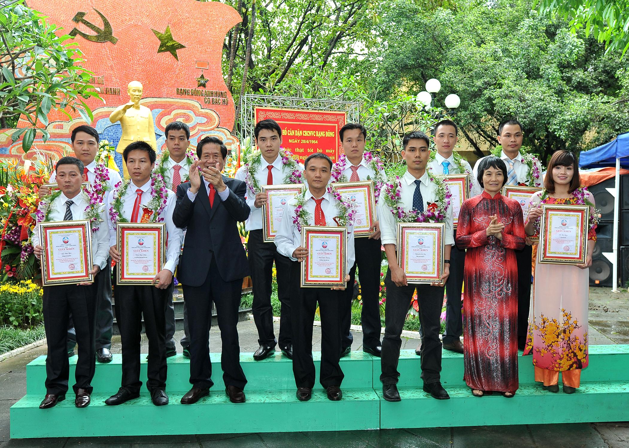 Học tập và làm theo tấm gương đạo đức Hồ Chí Minh: Bài học từ Rạng Đông