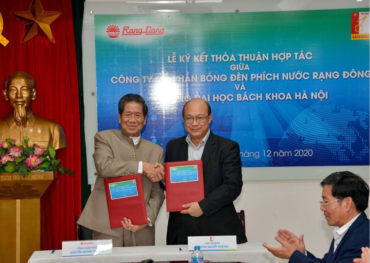Ký kết hợp tác giữa Rạng Đông và Bách khoa