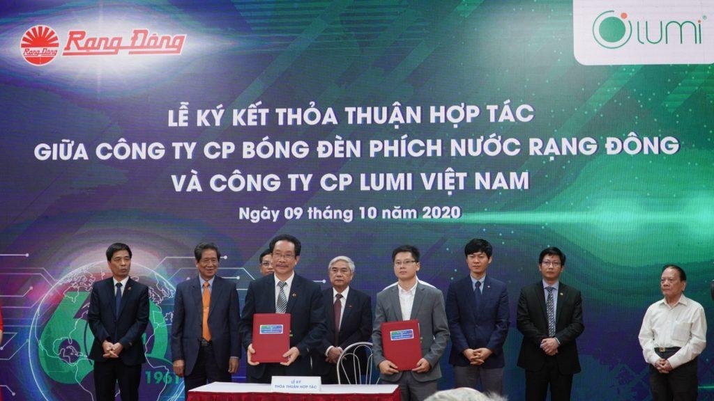 Lumi – Rạng Đông ký kết hợp tác chiến lược phát triển công nghệ Smart Lighting