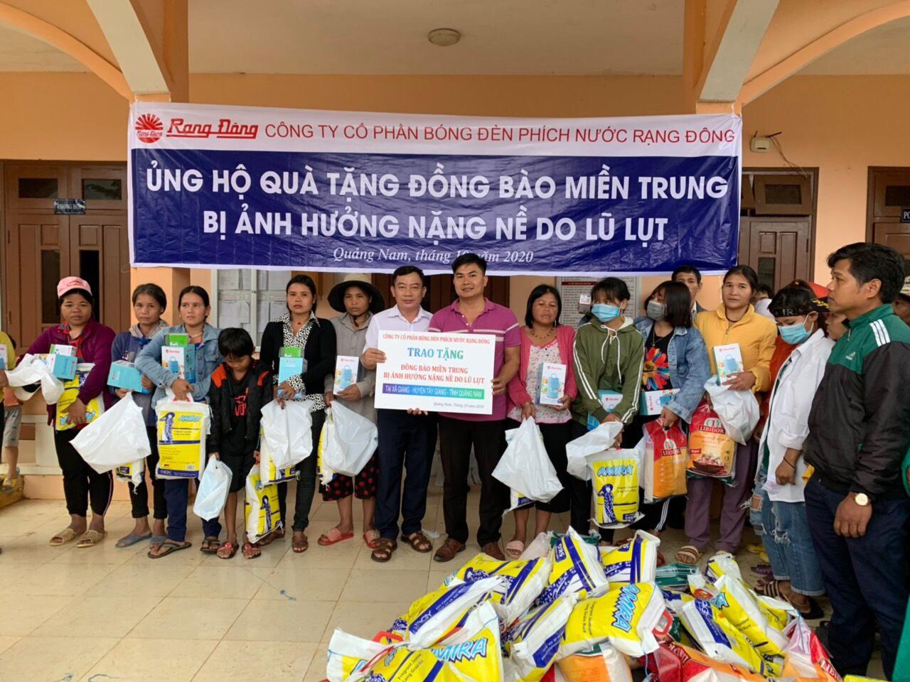 Rạng Đông chung tay cùng cả nước ủng hộ, giúp đỡ đồng bào Miền Trung