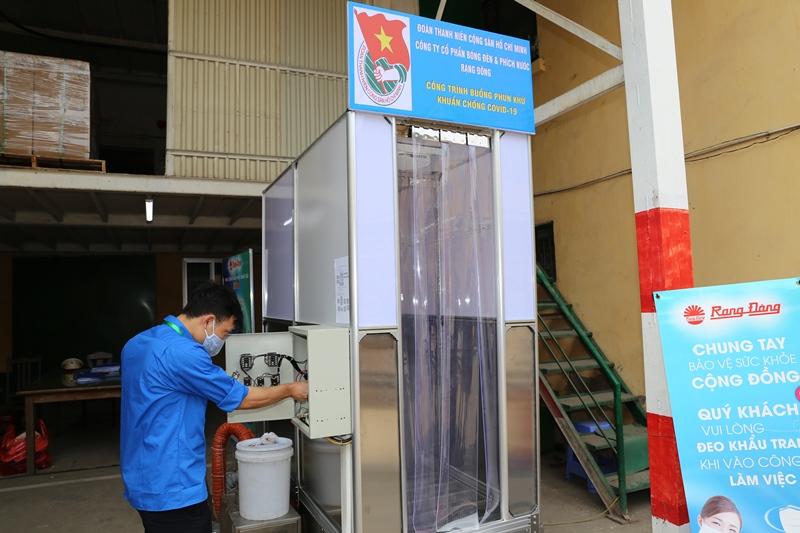 phòng phun khử khuẩn chống covid